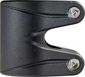 Striker Essence Double V2 Freestyle Roller Kormánybilincs - Fekete